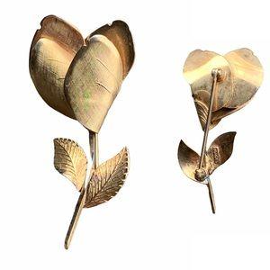 SIGNED CORO VINTAGE GOLDTONE FLOWER PIN